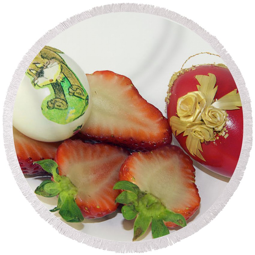 Strawberry Round Beach Towel featuring the photograph Strawberry And Easter Eggs by Elvira Ladocki