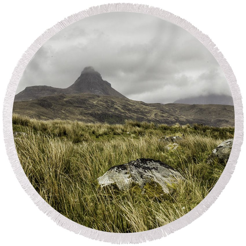 Suilven Round Beach Towel featuring the photograph Suilven Mountain by Fran Gallogly