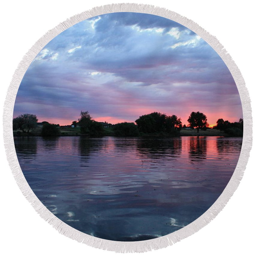 Sunset Round Beach Towel featuring the photograph Summer Sunset On Yakima River 4 by Carol Groenen