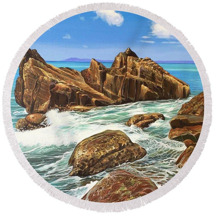 Puerto Vallarta Round Beach Towel featuring the painting Summerfling by Hunter Jay
