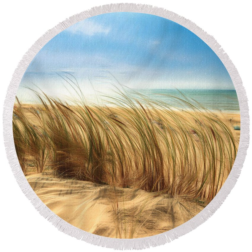 Summertime Blues Round Beach Towel featuring the photograph Summertime Blues by Georgiana Romanovna