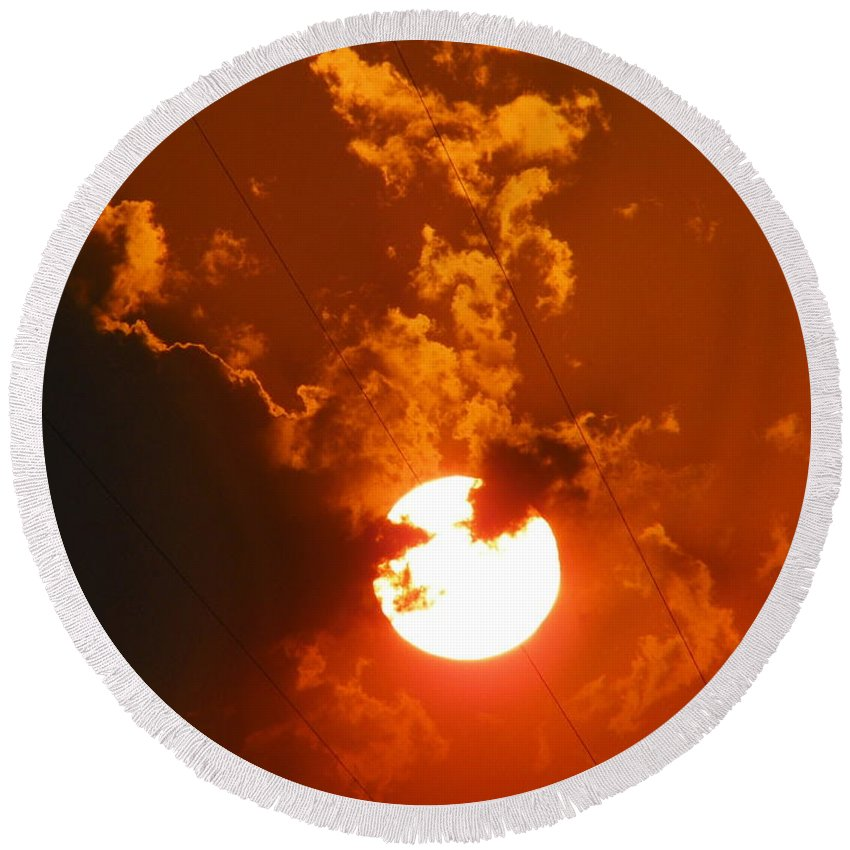 Round Beach Towel featuring the photograph Sun On Fire by Gerald Kloss