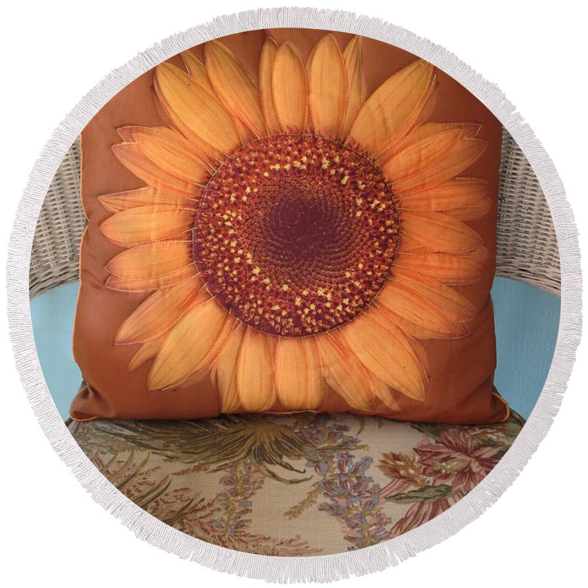 Pillow Round Beach Towel featuring the photograph Sunflower Pillow by Dave Mills