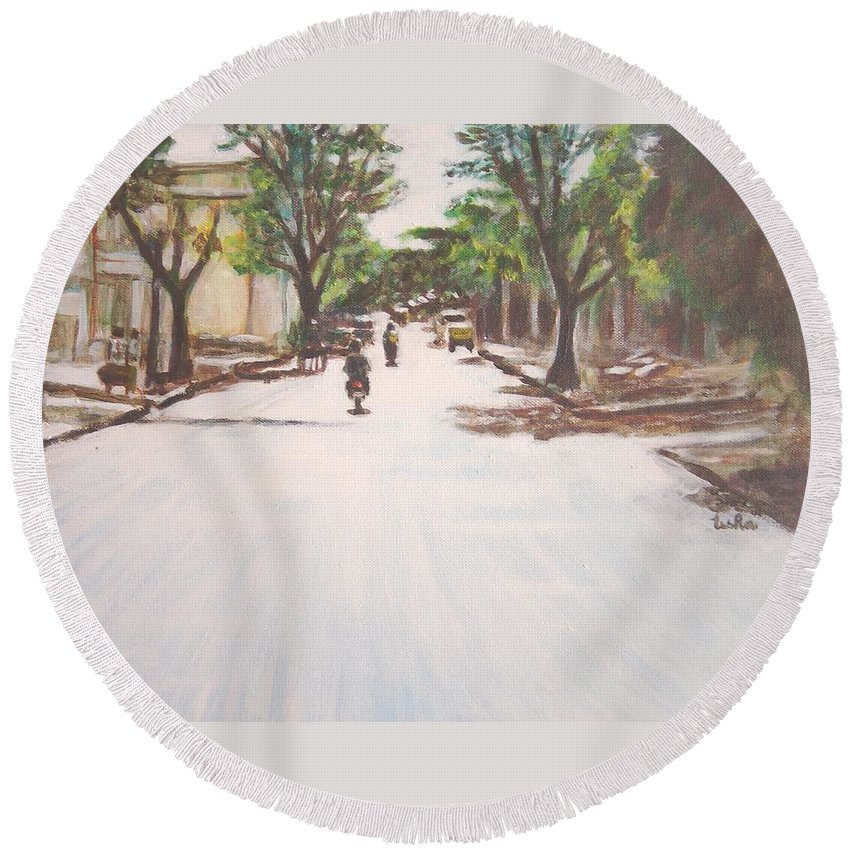 Sun Round Beach Towel featuring the painting Sunny Road by Usha Shantharam