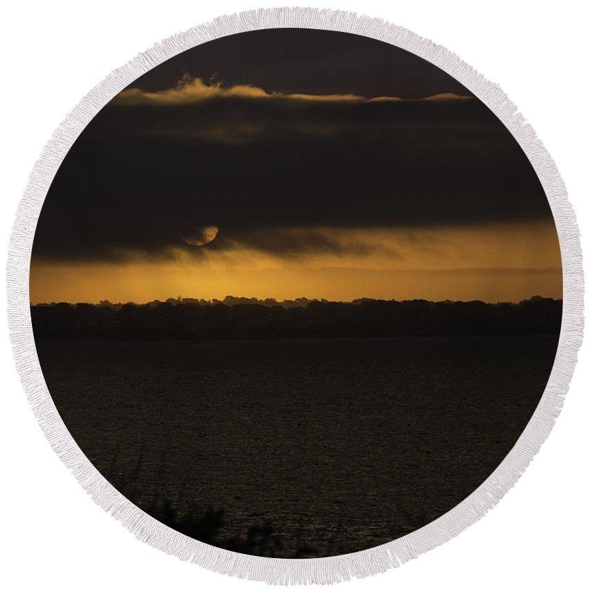 Sunrise Round Beach Towel featuring the photograph Sunrise by Billy Bateman