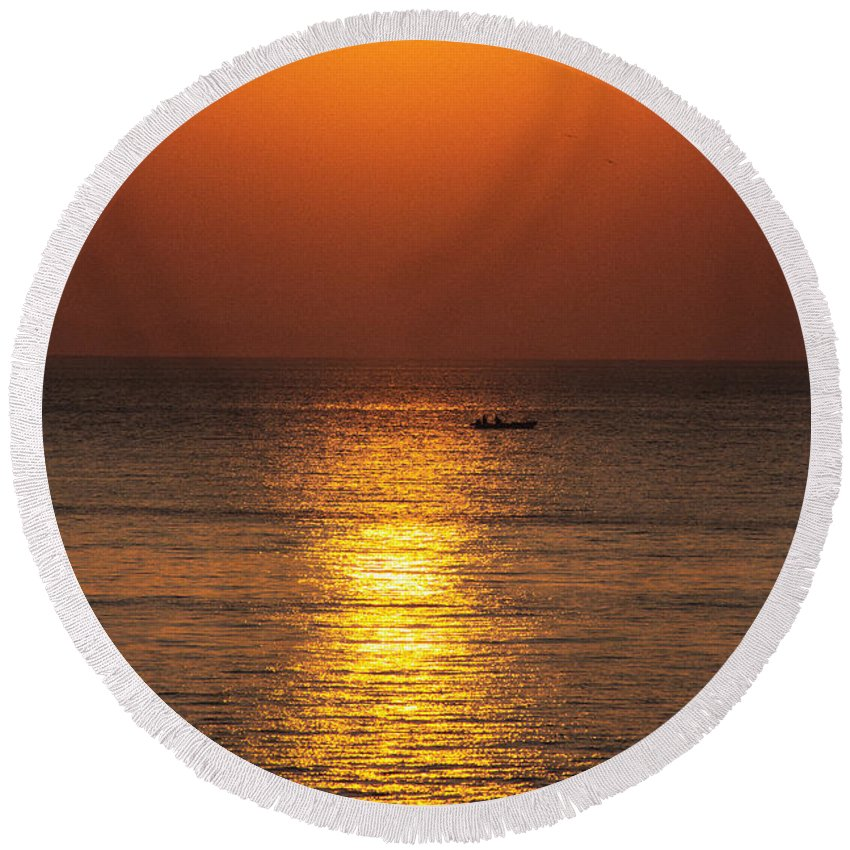 Panama Round Beach Towel featuring the photograph Sunrise Fishing by Bob Hislop