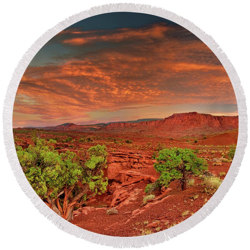 North America Round Beach Towel featuring the photograph Sunrise In Capitol Reef National Park Utah by Dave Welling