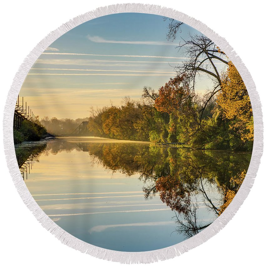 Sunrise Round Beach Towel featuring the photograph Sunrise On The Canal by Tim Wilson