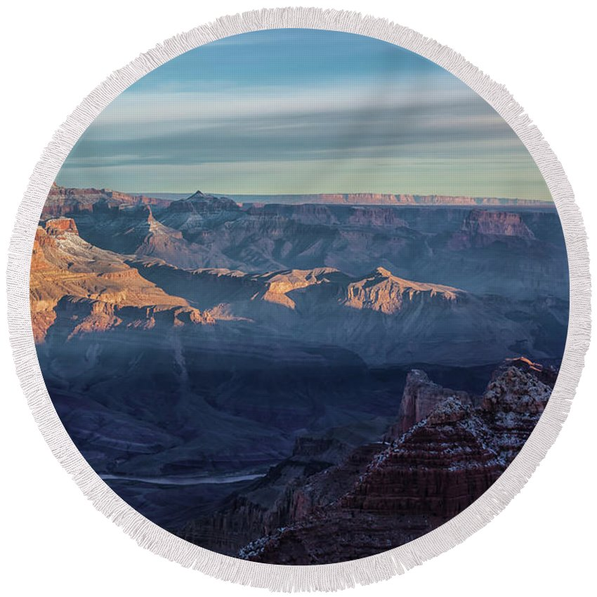 Landscape Round Beach Towel featuring the photograph Sunrise Over The Grand Canyon by Jonathan Nguyen