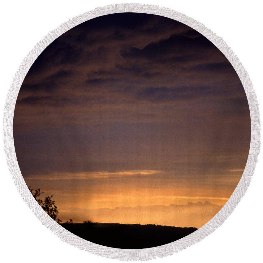 Landscape Round Beach Towel featuring the photograph Sunset 3 by Lee Santa