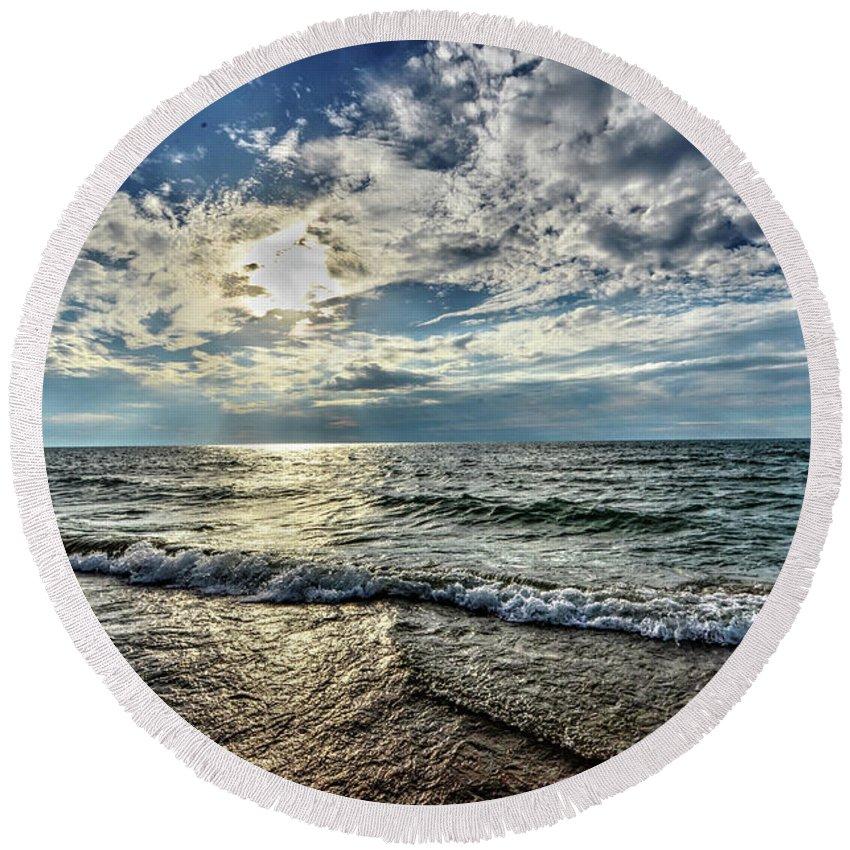 Sunset Round Beach Towel featuring the photograph Sunset 32 by Jeffrey Platt
