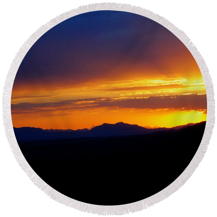 Sunset Round Beach Towel featuring the photograph Sunset At Coronado National Memorial by Charlene Mitchell