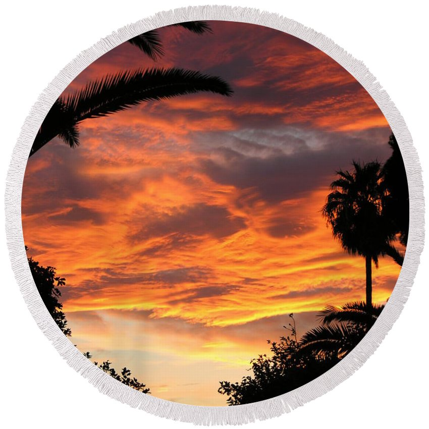 Sunset Round Beach Towel featuring the photograph Sunset God's Fingers In Clouds by Diane Greco-Lesser
