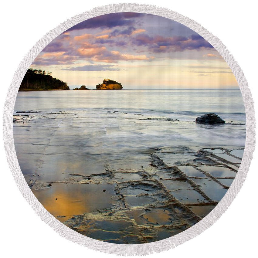 Tesselated Pavement Round Beach Towel featuring the photograph Sunset Grid by Mike Dawson