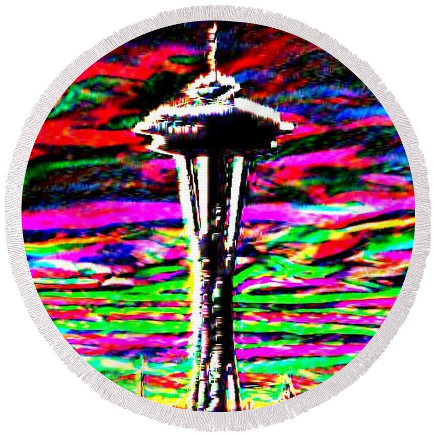 Seattle Round Beach Towel featuring the photograph Sunset Needle 2 by Tim Allen