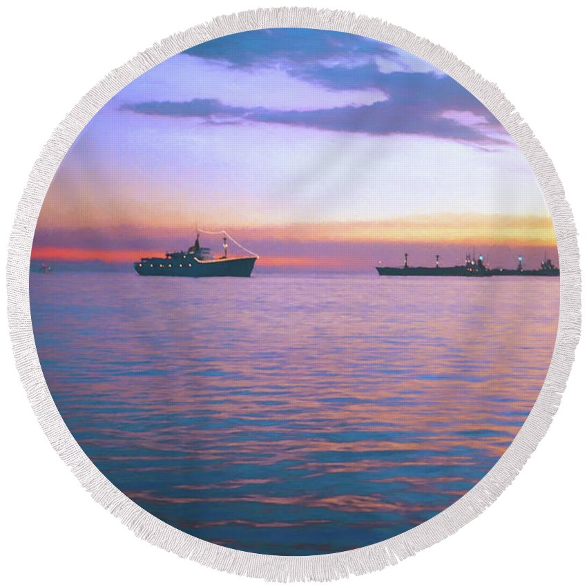 Art Photo Round Beach Towel featuring the digital art Sunset On Manila Bay by Rusty R Smith