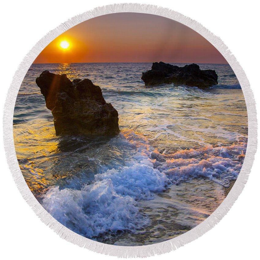 Beach Round Beach Towel featuring the photograph Sunset On The Beach by Sandra Rugina