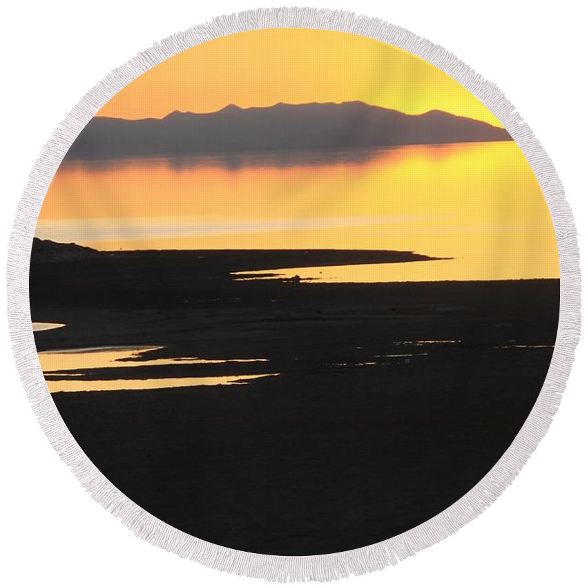 Nature Round Beach Towel featuring the photograph Sunset On The Salt Lake 2 by Tonya Hance