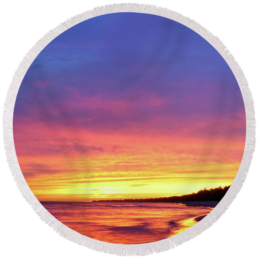 Beach Round Beach Towel featuring the photograph Sunset Over Beach by Maxim Images Prints
