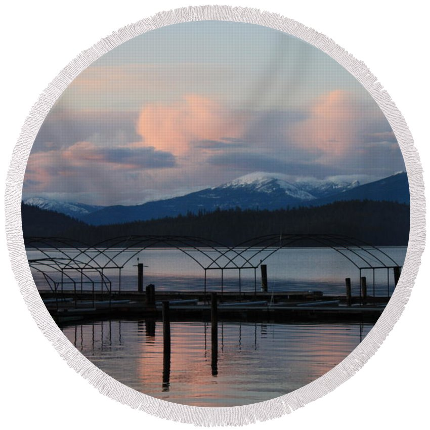 Priest Lake Round Beach Towel featuring the photograph Sunset Reflecting Off Priest Lake by Carol Groenen