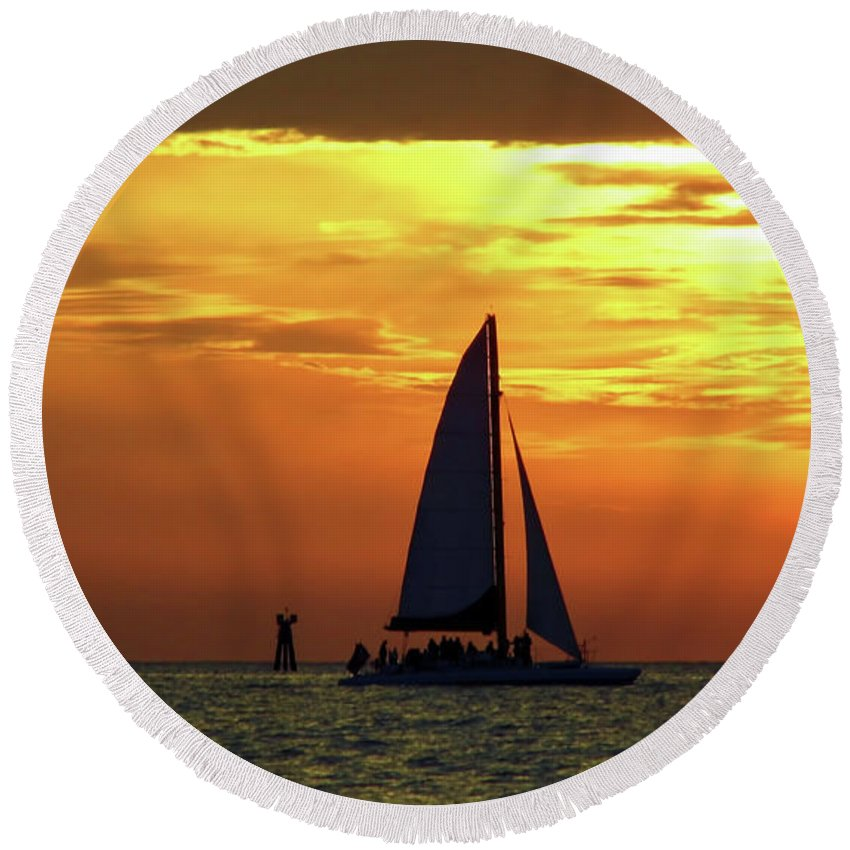 Boat Round Beach Towel featuring the photograph Sunset Sail Away by D Hackett