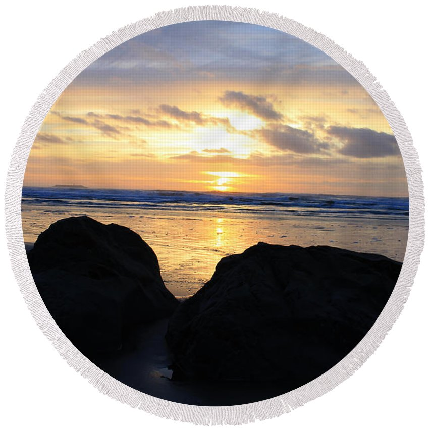 Sunsets Round Beach Towel featuring the photograph Sunset Silhouettes by Penelope Winthrop