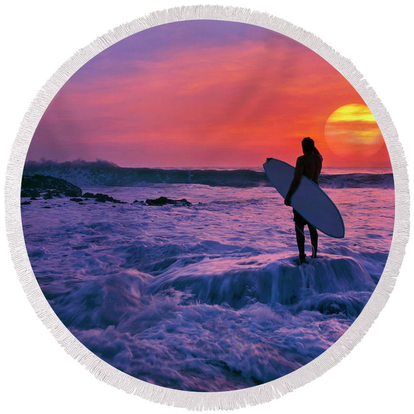 Surfer Round Beach Towel featuring the photograph Surfer On Rock Looking Out From Blowing Rocks Preserve On Jupiter Island by Justin Kelefas