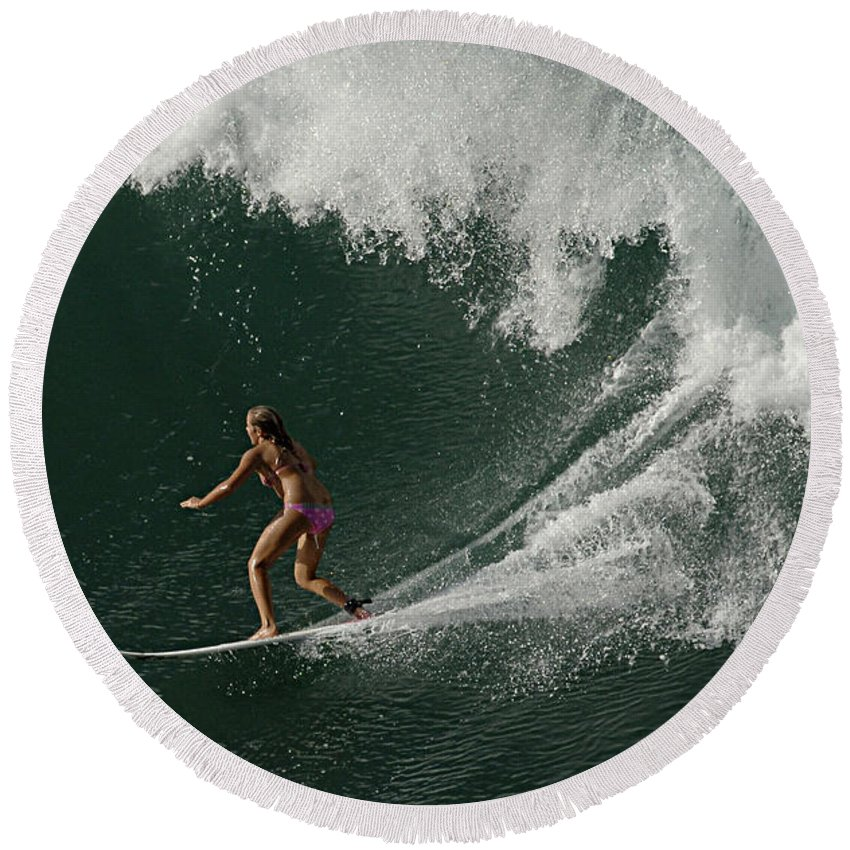 Surf Round Beach Towel featuring the photograph Surfing Hawaii 2 by Bob Christopher