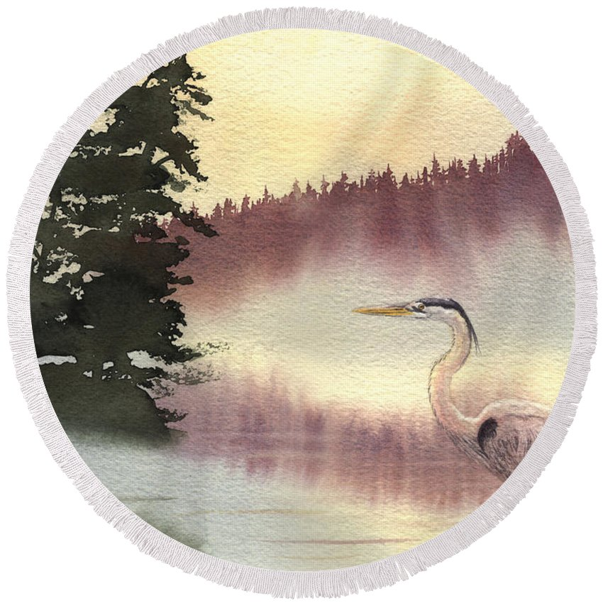 Heron Round Beach Towel featuring the painting Surveyor Of The Morning by Lynn Quinn