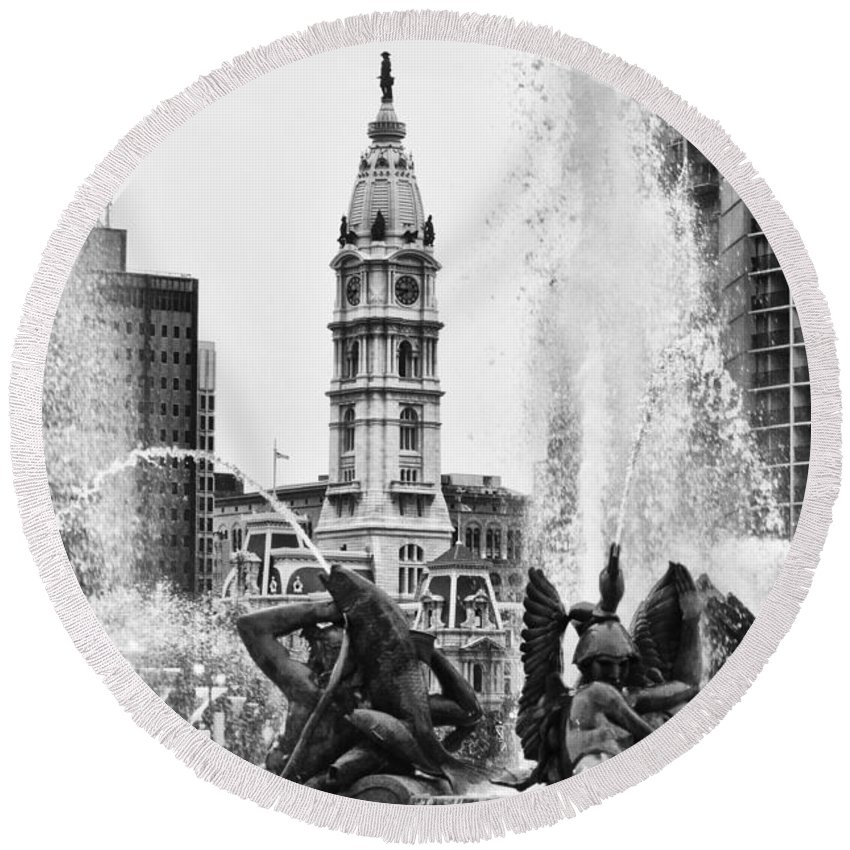 Fountain Round Beach Towel featuring the photograph Swann Memorial Fountain In Black And White by Bill Cannon