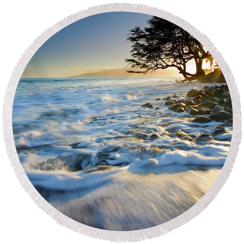 Sunset Round Beach Towel featuring the photograph Swept Out To Sea by Mike Dawson