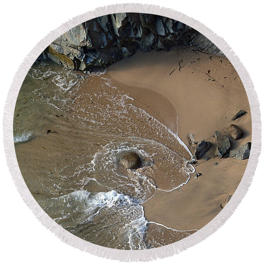 Big Sur Round Beach Towel featuring the photograph Swirling Surf And Rocks by Charlene Mitchell