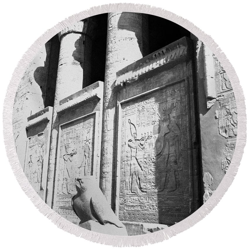 Horus Round Beach Towel featuring the photograph Temple Of Horus by Silvia Bruno