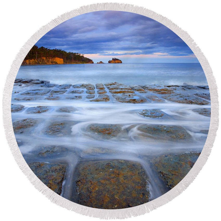 Sunset Round Beach Towel featuring the photograph Tesselated Sunset by Mike Dawson