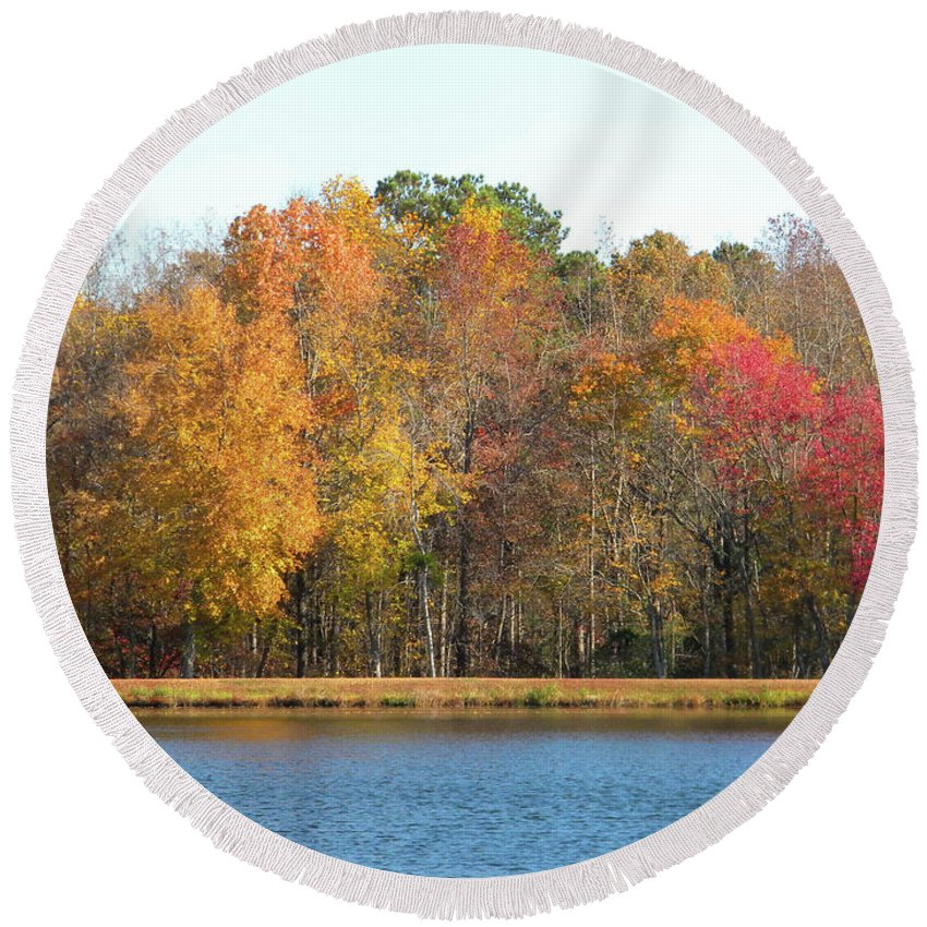 Autumn Round Beach Towel featuring the photograph Thanksgiving Weekend 2016 by Matthew Seufer