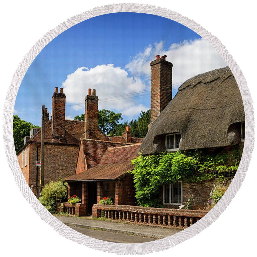 Cottage Round Beach Towel featuring the photograph Thatched Cottages In Chawton 6 by Shirley Mitchell