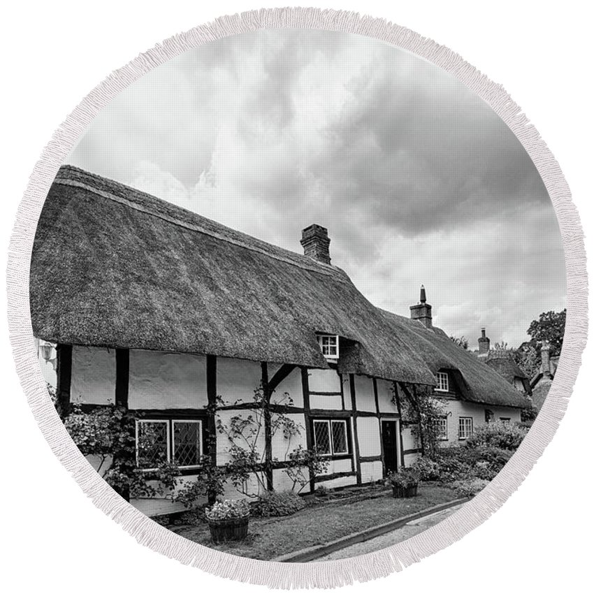 Cottage Round Beach Towel featuring the photograph Thatched Cottages Of Hampshire 15 by Shirley Mitchell