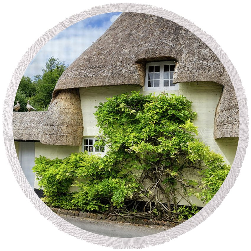 Cottage Round Beach Towel featuring the photograph Thatched Cottages Of Hampshire 19 by Shirley Mitchell