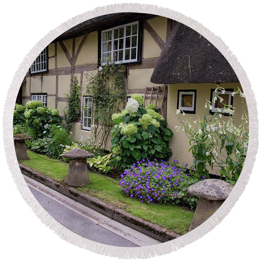 Cottage Round Beach Towel featuring the photograph Thatched Cottages Of Hampshire 24 by Shirley Mitchell