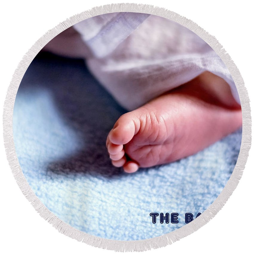 Baby Round Beach Towel featuring the photograph The Baby Wait by Jijo George