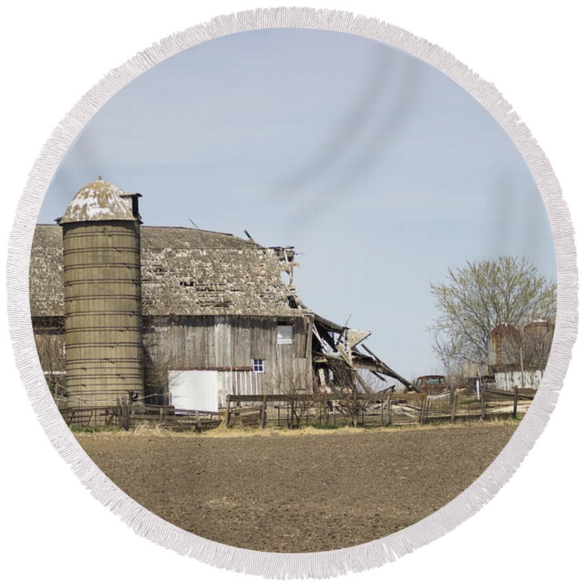 Round Beach Towel featuring the photograph The Barn's Last Season by Cathy Anderson