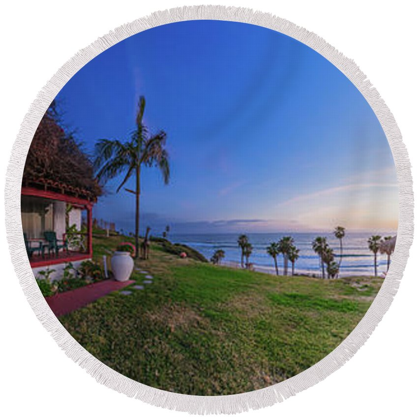 San Clemente Round Beach Towel featuring the photograph The Beachombers Views by Scott Campbell
