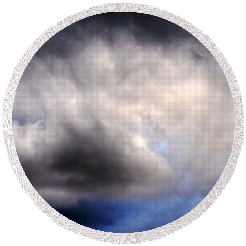 Clay Round Beach Towel featuring the photograph The Beauty Of Clouds by Clayton Bruster