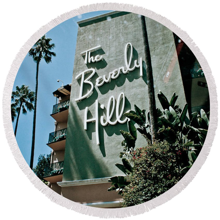 Los Angeles Round Beach Towel featuring the photograph The Beverly Hills by Robert J Caputo