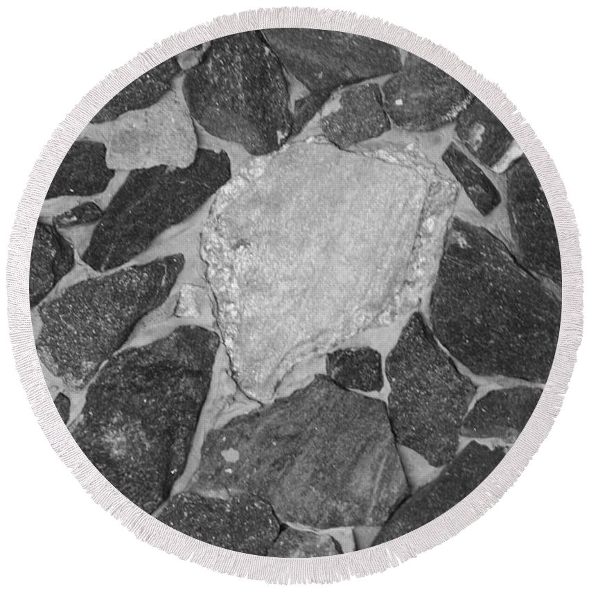 Black And White Round Beach Towel featuring the photograph The Black Wall by Rob Hans