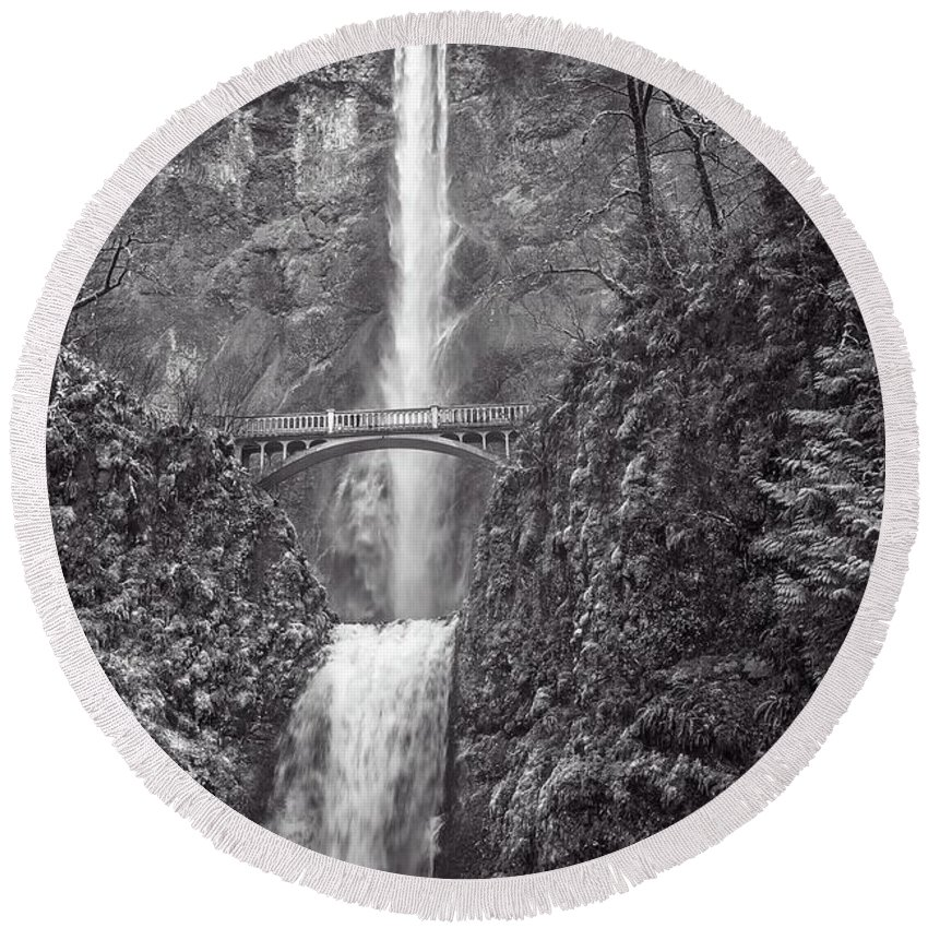 Multnomah Falls Round Beach Towel featuring the photograph The Bridge At Multnomah Falls In Black And White by Lynn Bauer