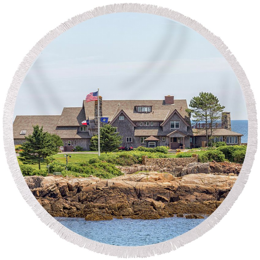 The Bush Family Compound On Walkers Point Round Beach Towel featuring the photograph The Bush Family Compound On Walkers Point by Brian MacLean