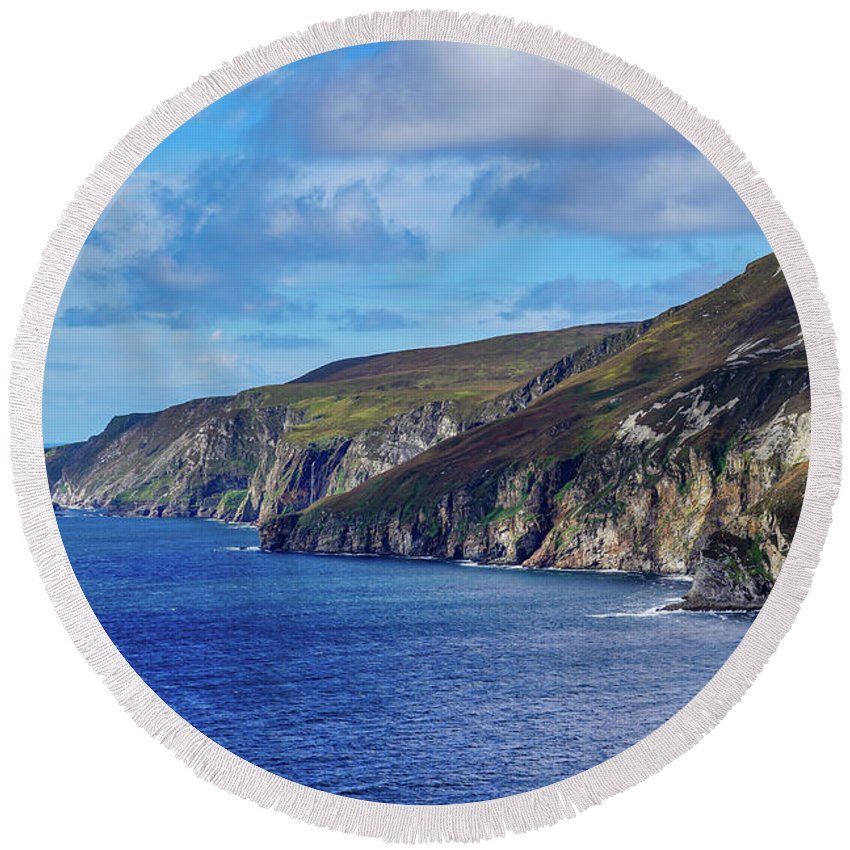 Ireland Round Beach Towel featuring the photograph The Cliffs by Ric Schafer