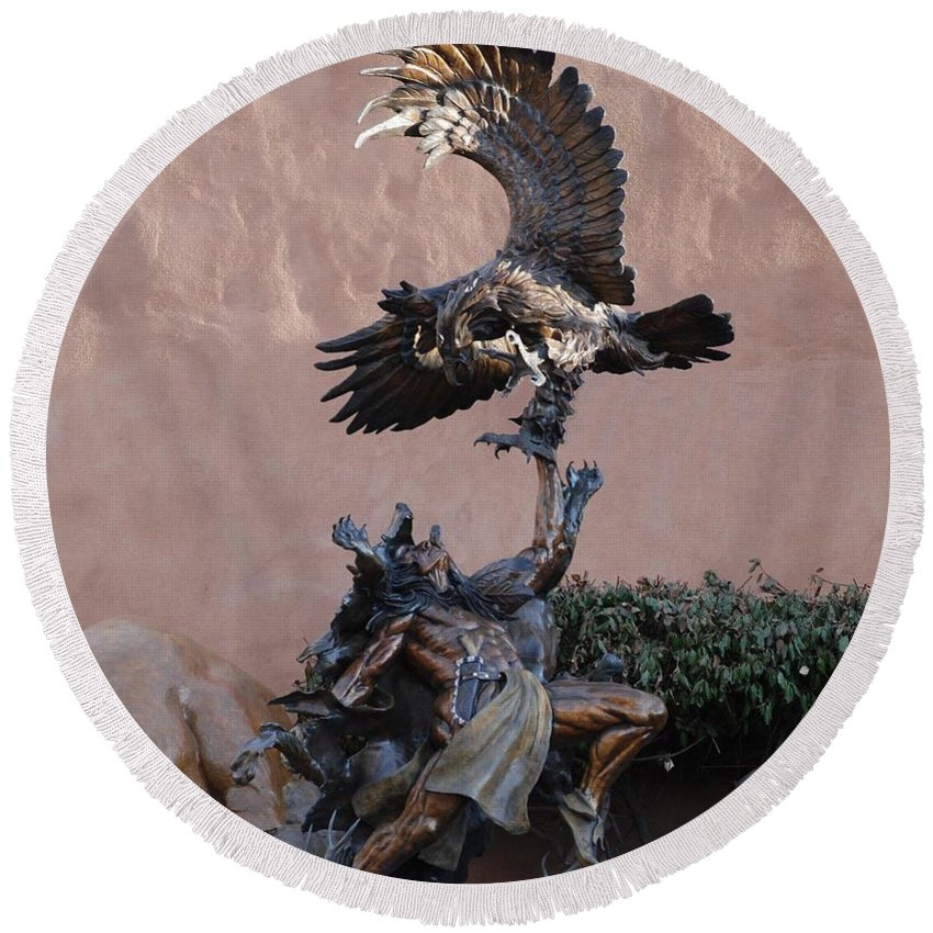 Eagle Round Beach Towel featuring the photograph The Eagle And The Indian by Rob Hans
