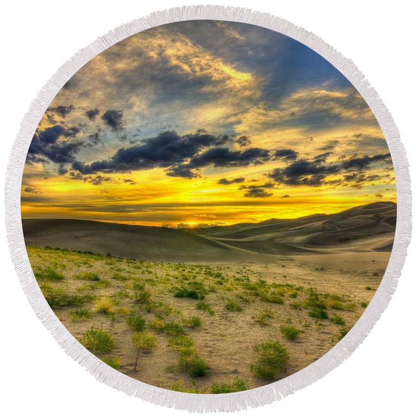 Desert Round Beach Towel featuring the photograph The Edge Of Life by Bill Sherrell